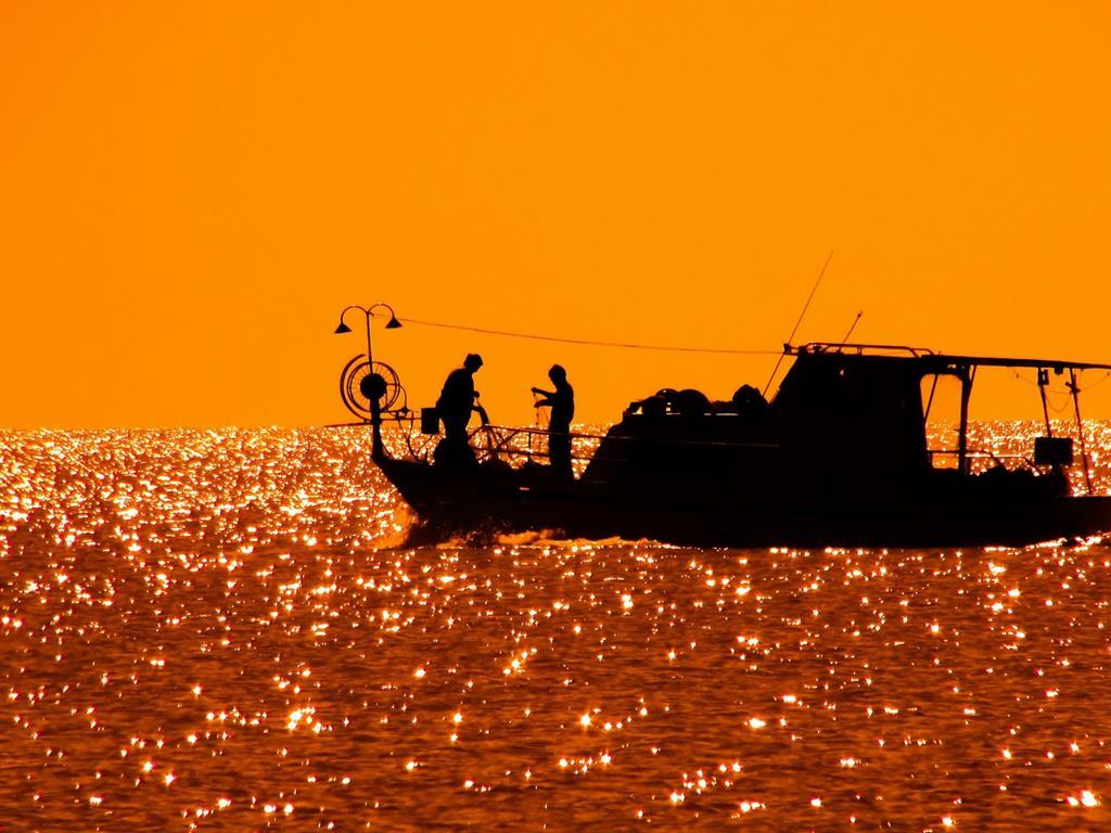 Zachód Słońca nad morzem w Jastarni.