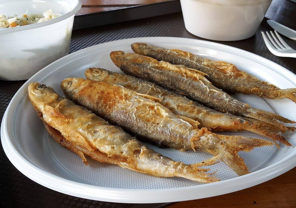 Smażone ryby na Helu.